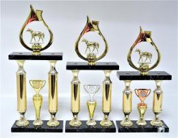 Koně trofeje 62-P046 - zvětšit obrázek